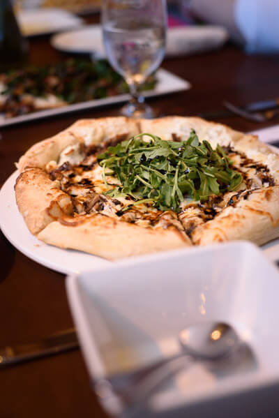 balsamic-arugula-pizza