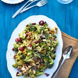 Crunchy Broccoli Grape Salad