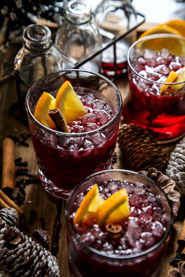 Spiced Merlot Sparkling Punch, 101 New Years Food Ideas