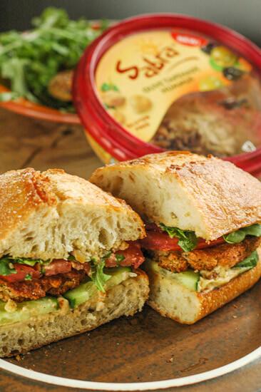 easy-falafel-sandwich