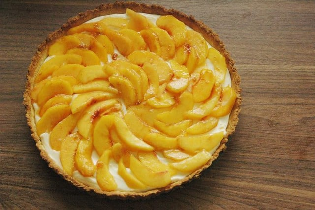 Sweet Mascarpone Peach Tart
