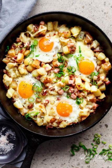 Cheesy Bacon and Eggs Hash