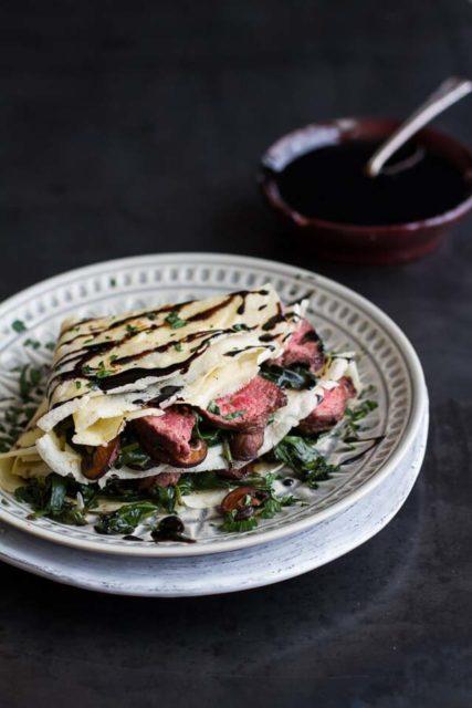 steak spinach mushroom crepes balsamic glaze