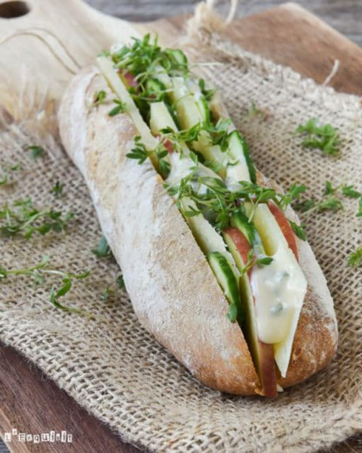 Manchego Cheese Sandwich with Cucumber and Dill