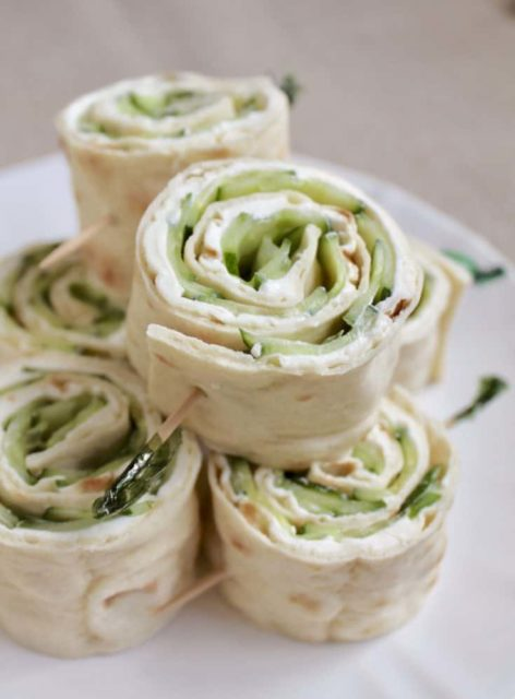 Cucumber and Cream Cheese Sandwich Rolls