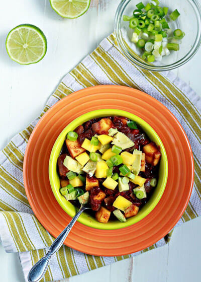 slow-cooker-black-bean-and-mango-caribbean-chili3-700x980