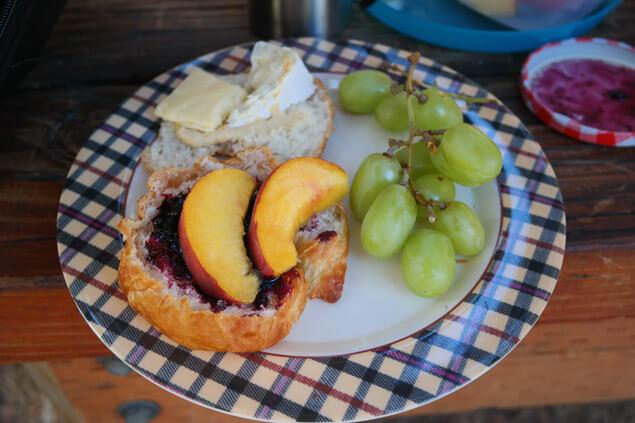 Plan Perfect Breakfast Picnic