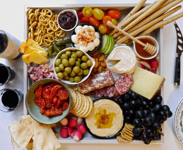 ultimate Christmas Cheeseboard, Christmas party food ideas