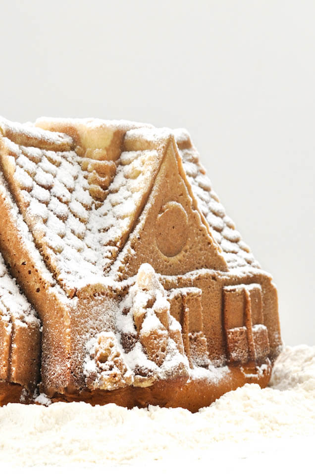 Gingerbread cake, Christmas Party food ideas