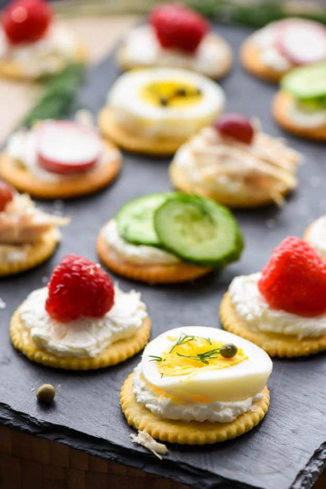 Ritz Cracker Appetizers You Can Make in 5 Minutes, finger food ideas