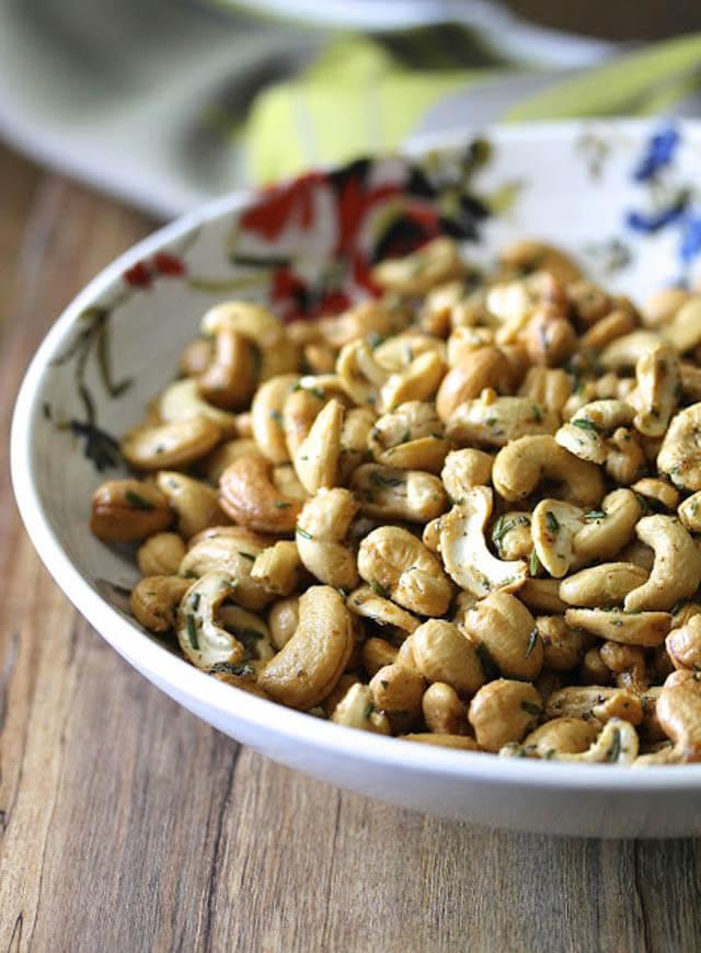 rosemary cayenne and sugar cashew, finger food ideas