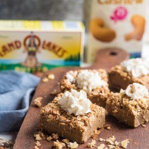 Gingerbread Crunch Magic Cake