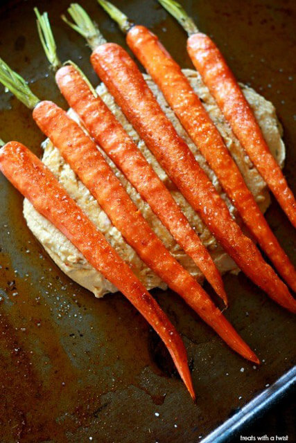 Honey-Drizzled-Roasted-Carrots-with-Hummus