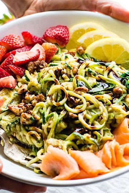 Smoked-Salmon-strawberry-zucchini-noodle-pasta-Salad-4-of-1-6