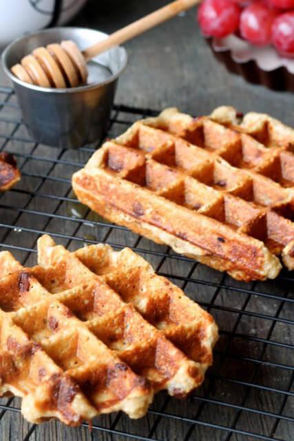 banana-chocolate-chip-oat-waffles