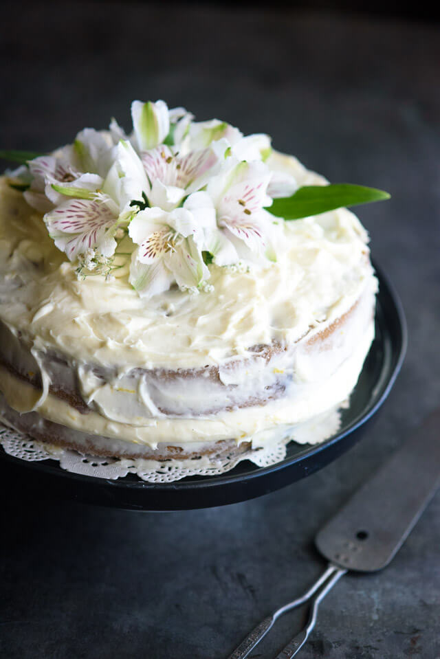 birthday-cake-with-flowers