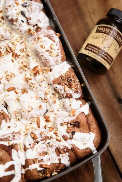chocolate-cinnamon-rolls-recipe