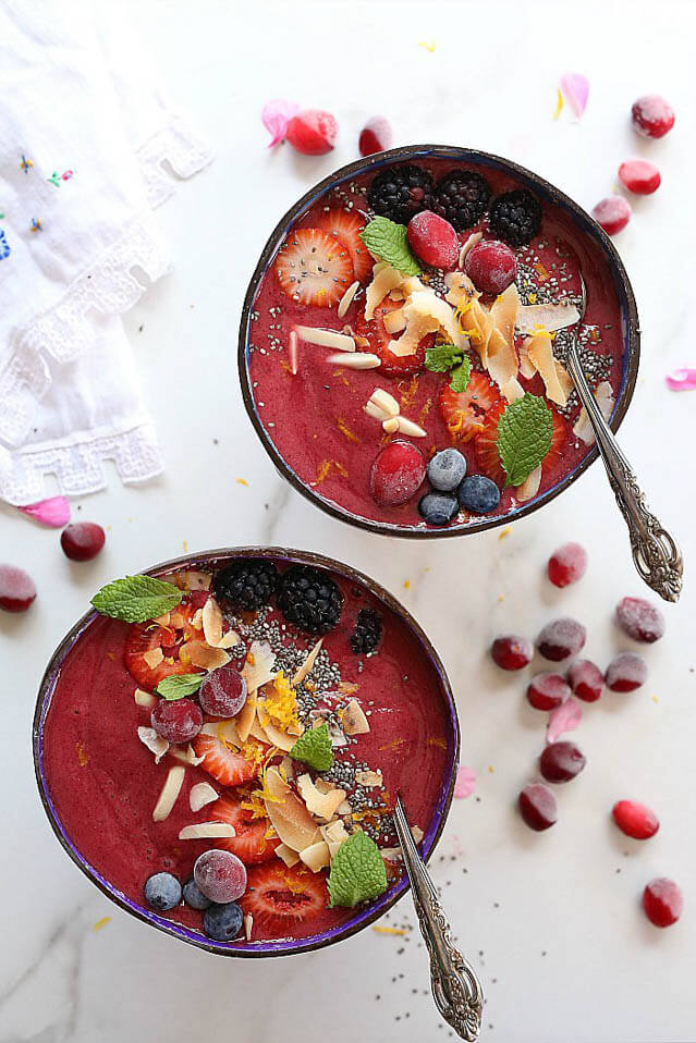 cranberry smoothie bowl, cranberry recipes roundup