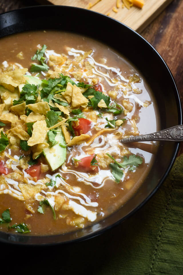 creamy-slow-cooker-chicken-tortilla-soup