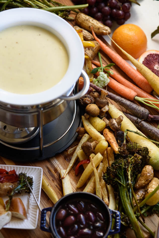 beer cheese fondue, party food ideas roundup