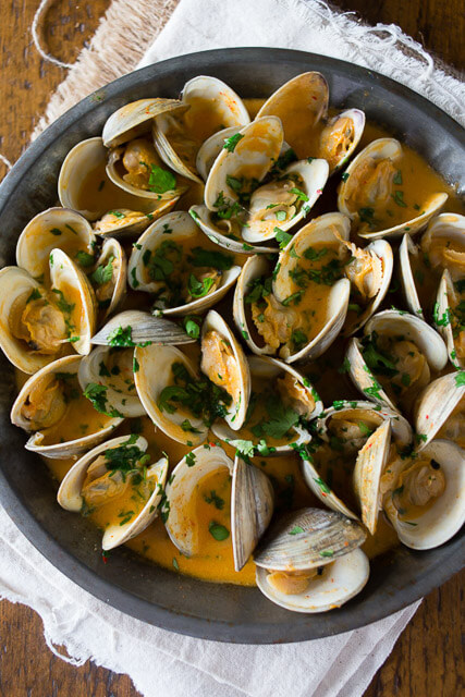 spicy-coconut-milk-clams