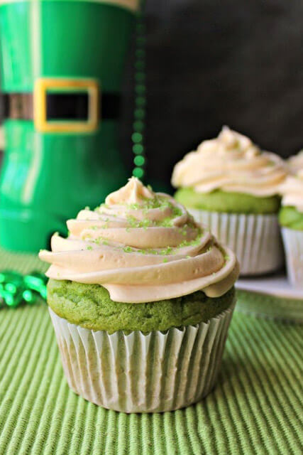 surprise green cupcakes