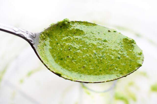 vegan-pesto-spoon