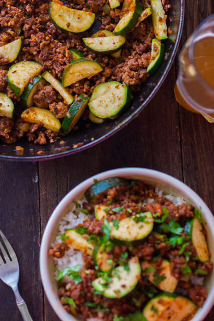 zucchini-ground-beef-skillet-0885-800x1200